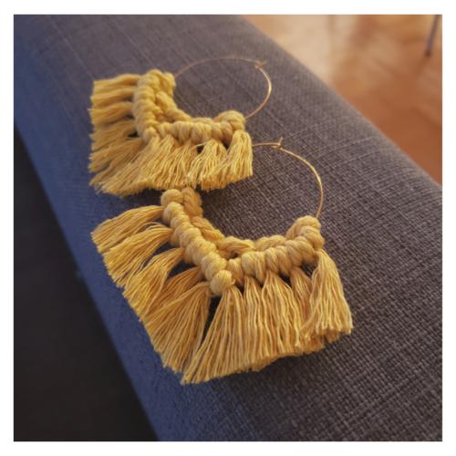 Papangue atelier créatif boucles d'oreilles Soleil en macramé