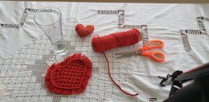 DIY St-Valentin-macrame-coeur_Papangue-atelier-creatif (1)