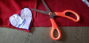 DIY St-Valentin-Tissus-coeur_Papangue-atelier-creatif (4)